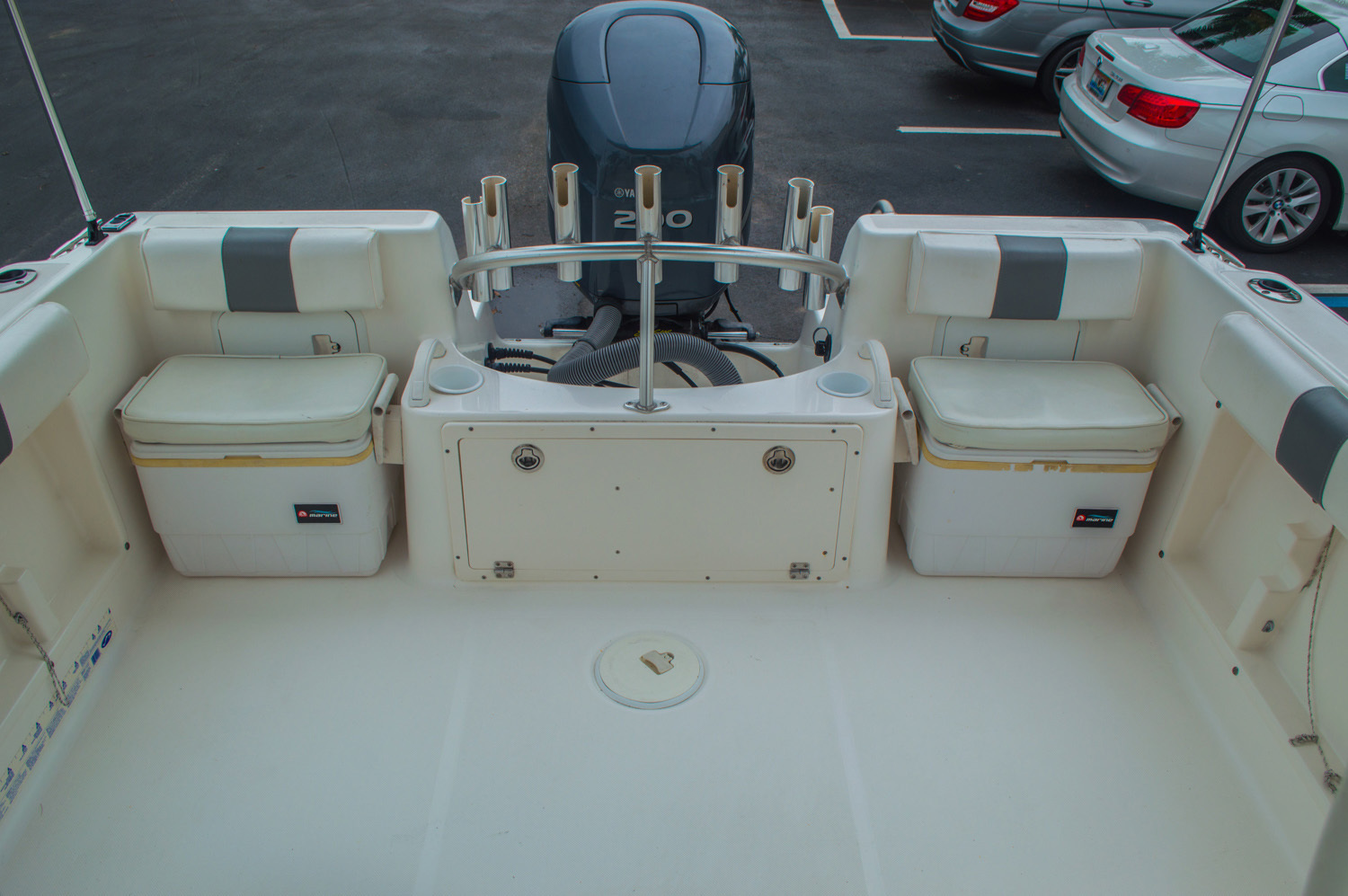 Thumbnail 19 for Used 2004 Cobia 210 WAC Walkaround boat for sale in West Palm Beach, FL