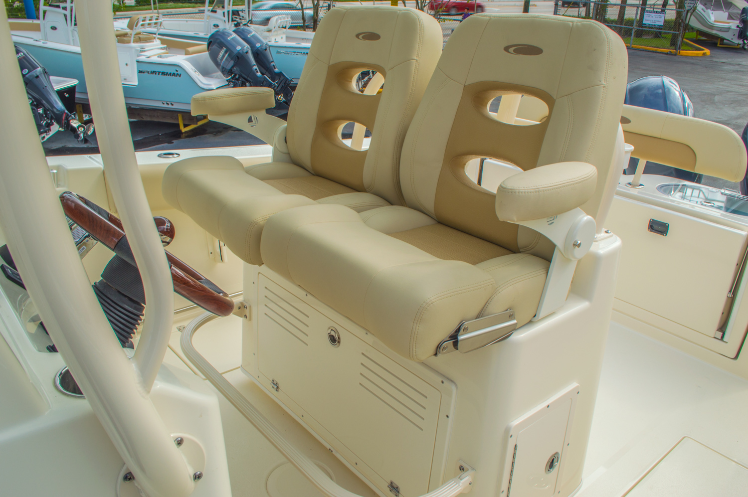 Thumbnail 35 for New 2016 Cobia 277 Center Console boat for sale in West Palm Beach, FL