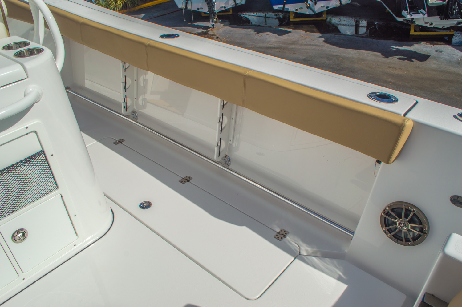 Thumbnail 27 for New 2016 Sportsman Open 312 Center Console boat for sale in Miami, FL