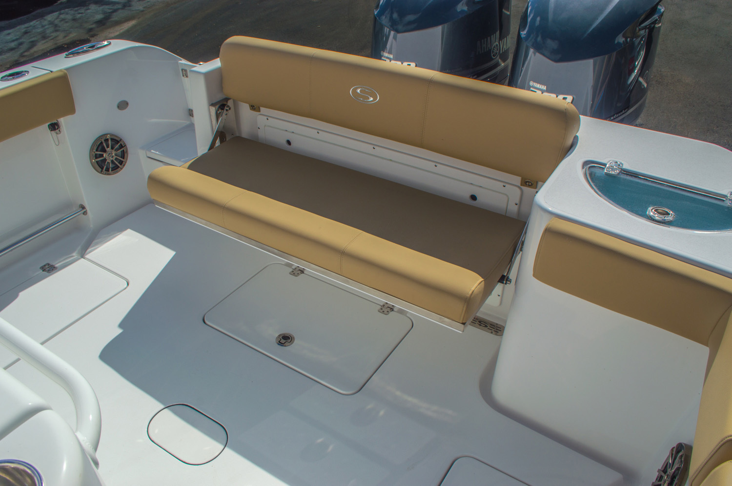 Thumbnail 24 for New 2016 Sportsman Open 312 Center Console boat for sale in Miami, FL