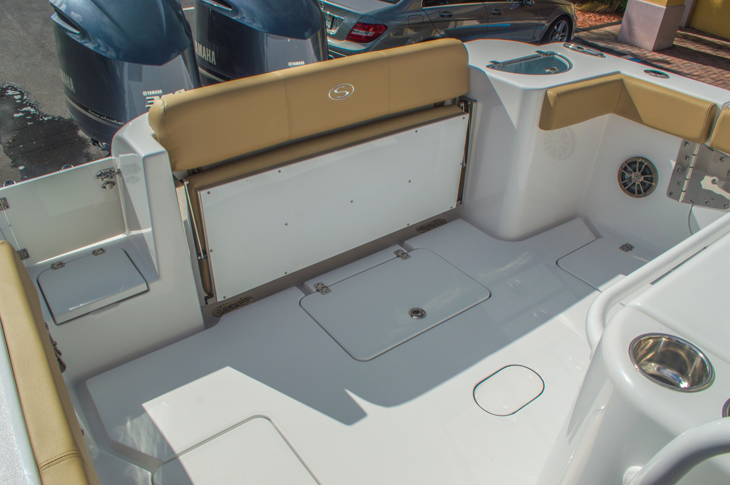 Thumbnail 19 for New 2016 Sportsman Open 312 Center Console boat for sale in Miami, FL