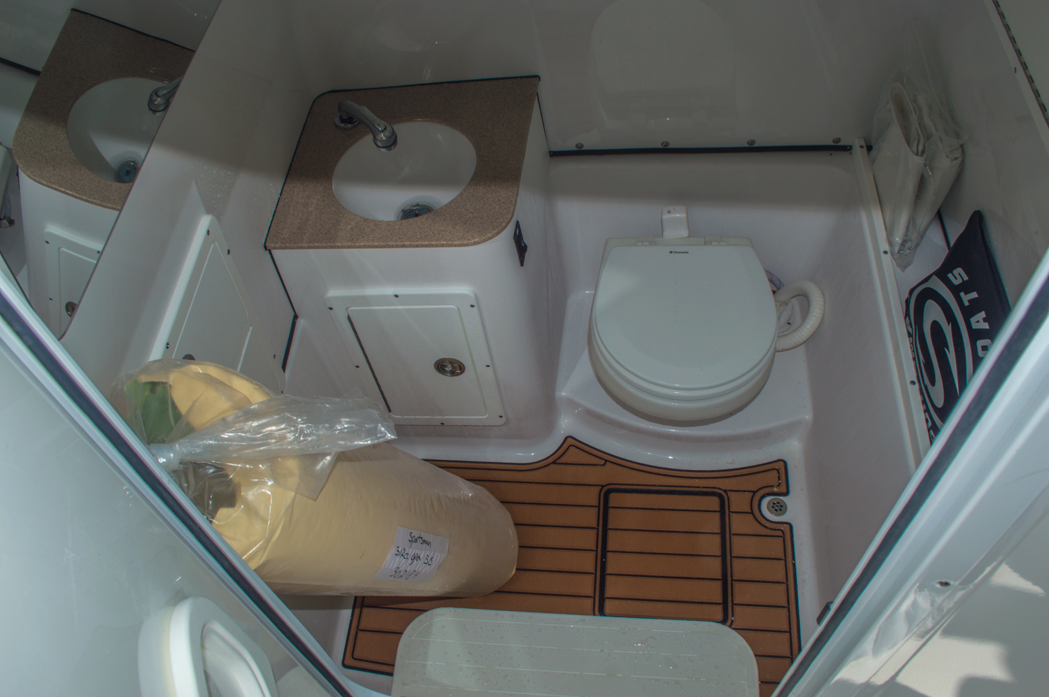 Thumbnail 64 for New 2016 Sportsman Open 312 Center Console boat for sale in Miami, FL