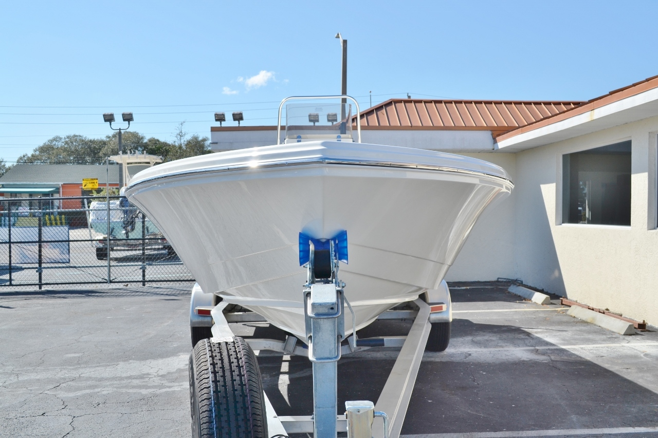Thumbnail 2 for New 2016 Pathfinder 2600 HPS Bay Boat boat for sale in Vero Beach, FL