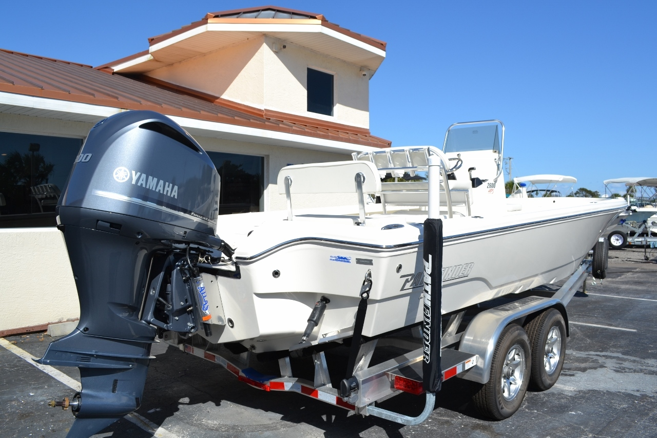 Thumbnail 6 for New 2016 Pathfinder 2600 HPS Bay Boat boat for sale in Vero Beach, FL