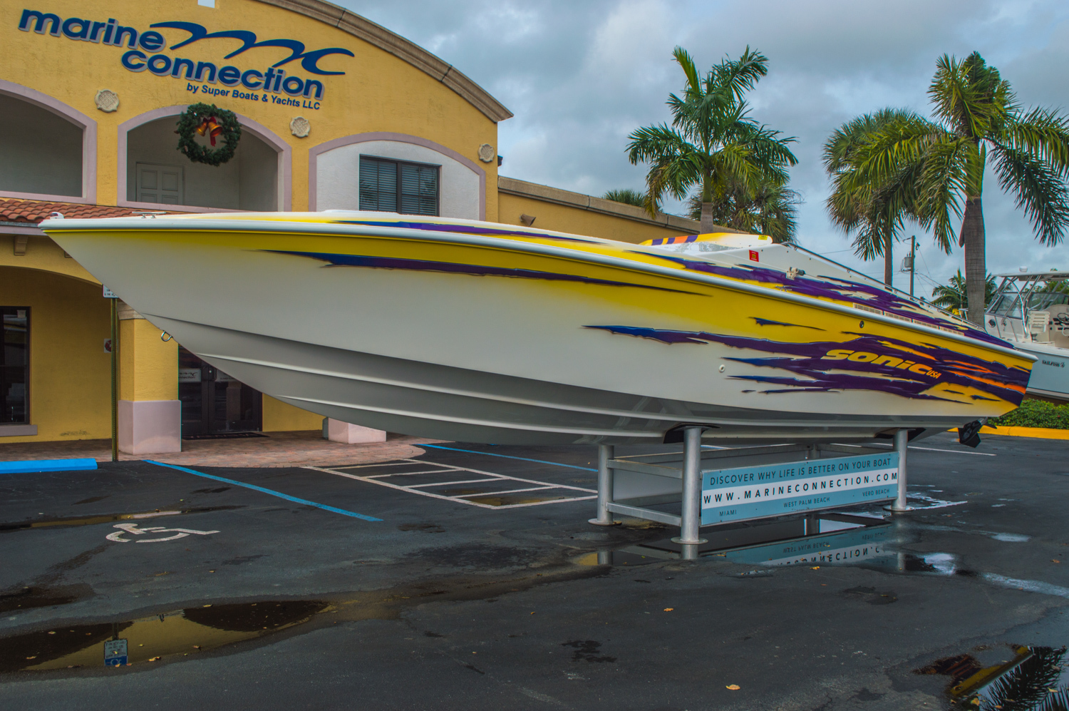 Thumbnail 7 for Used 2001 Sonic 31 SS boat for sale in West Palm Beach, FL