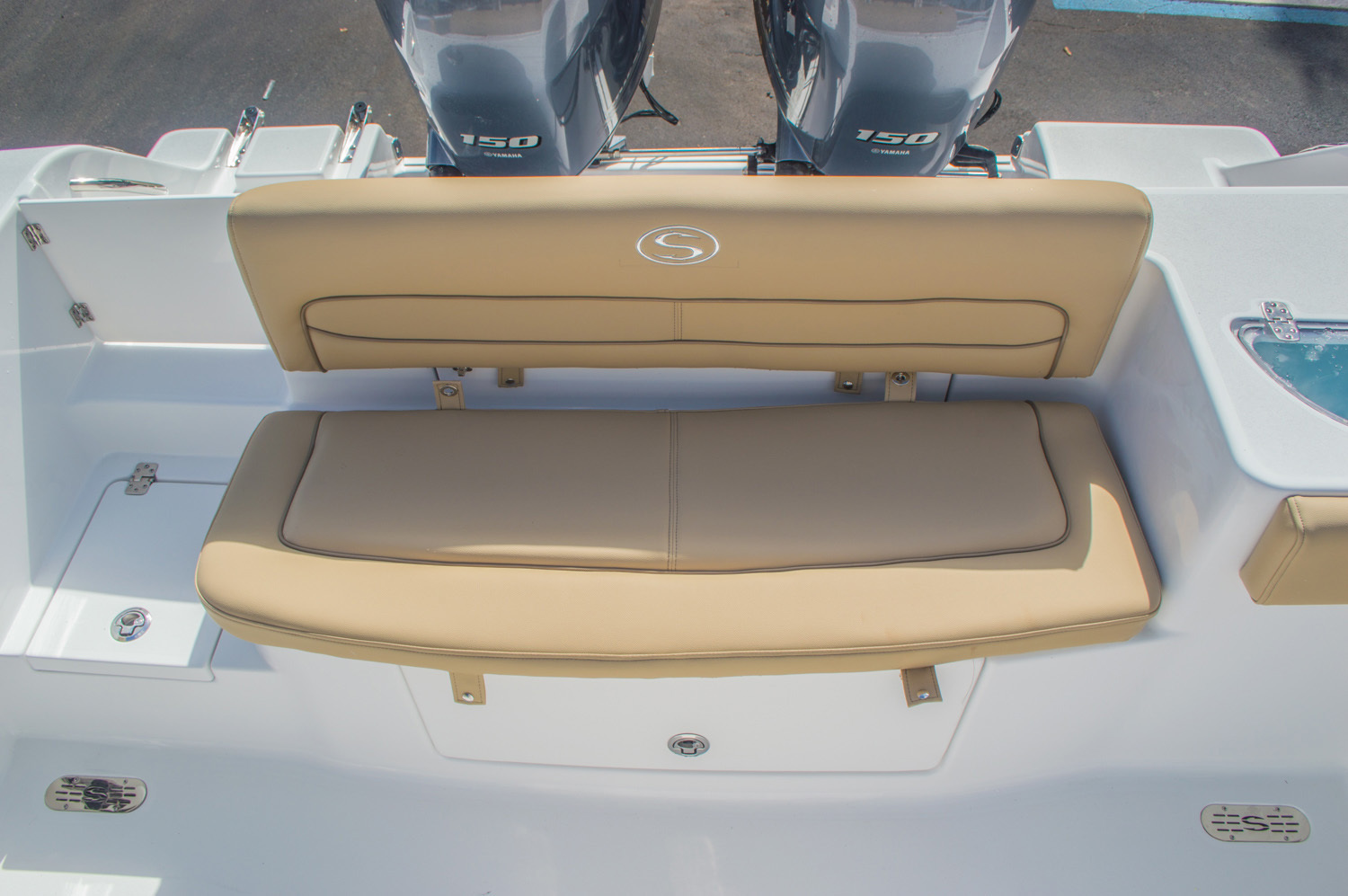Thumbnail 12 for New 2016 Sportsman Heritage 251 Center Console boat for sale in Miami, FL