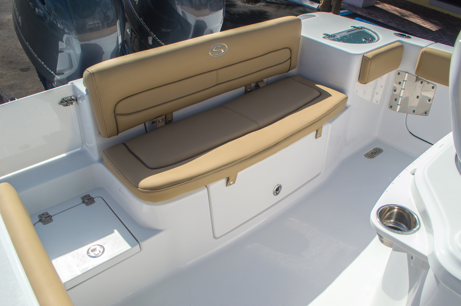 Thumbnail 13 for New 2016 Sportsman Heritage 251 Center Console boat for sale in Miami, FL