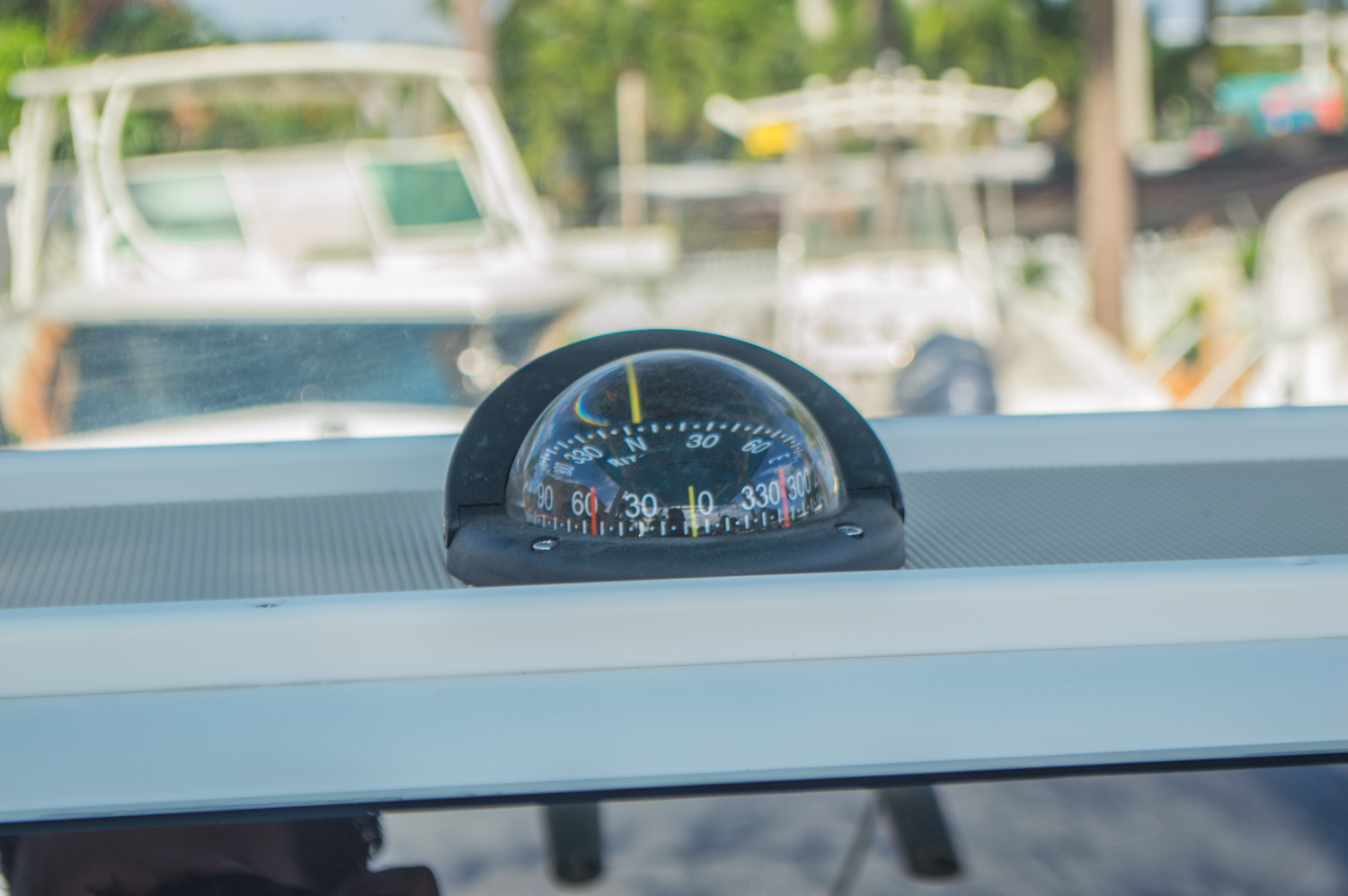 Thumbnail 30 for New 2016 Sportsman Heritage 251 Center Console boat for sale in Miami, FL