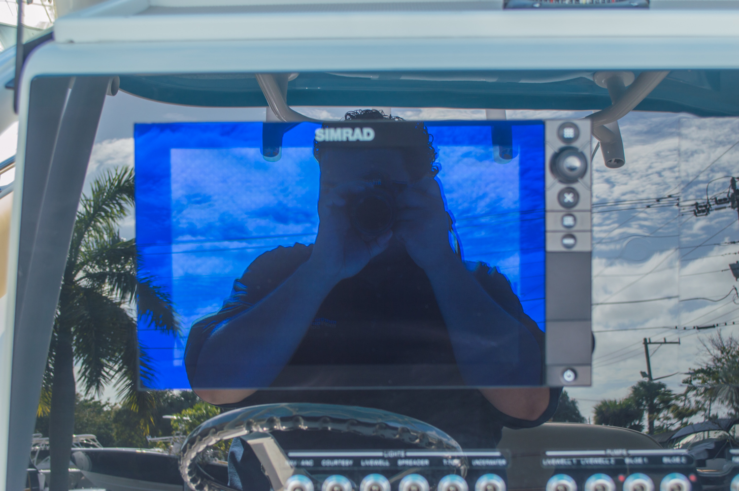 Thumbnail 31 for New 2016 Sportsman Heritage 251 Center Console boat for sale in Miami, FL