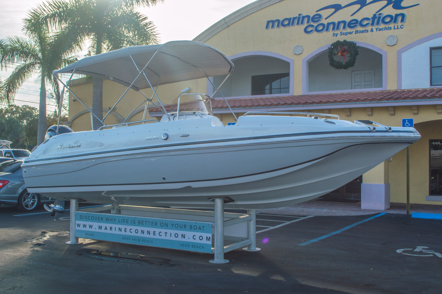 Thumbnail 1 for New 2016 Hurricane CC211 Center Consle boat for sale in West Palm Beach, FL