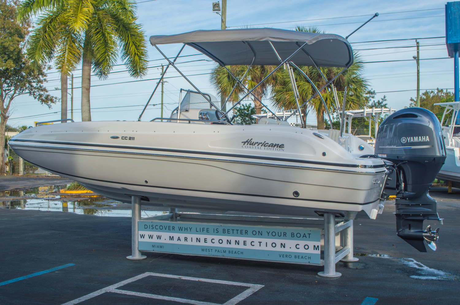 Thumbnail 5 for New 2016 Hurricane CC211 Center Consle boat for sale in West Palm Beach, FL