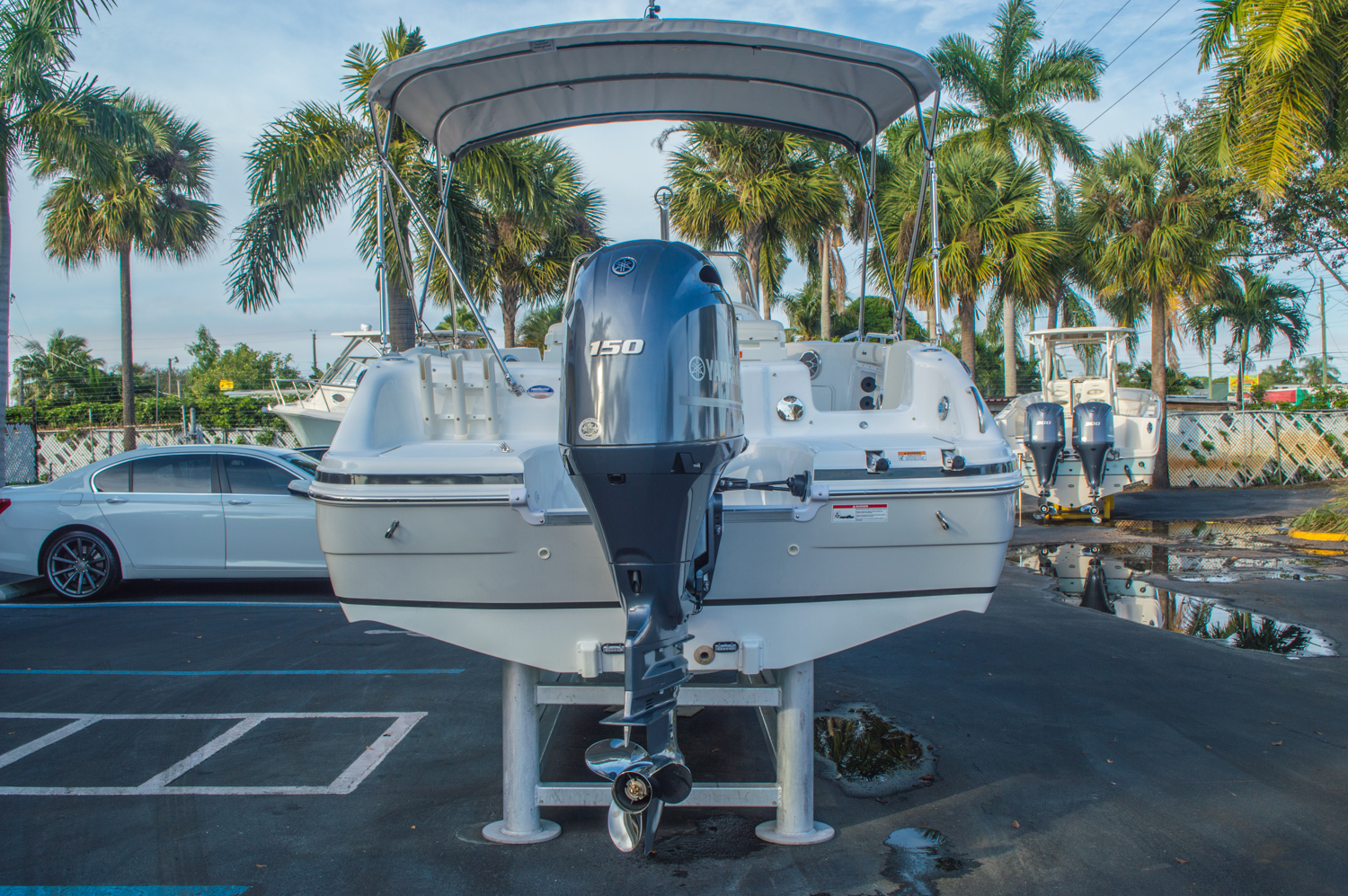 Thumbnail 6 for New 2016 Hurricane CC211 Center Consle boat for sale in West Palm Beach, FL