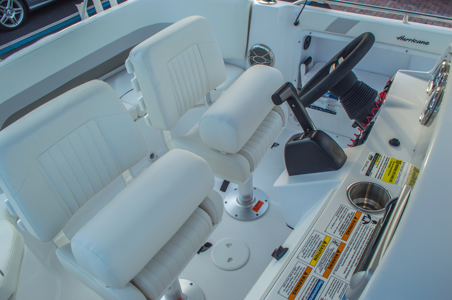 Thumbnail 20 for New 2016 Hurricane CC211 Center Consle boat for sale in West Palm Beach, FL