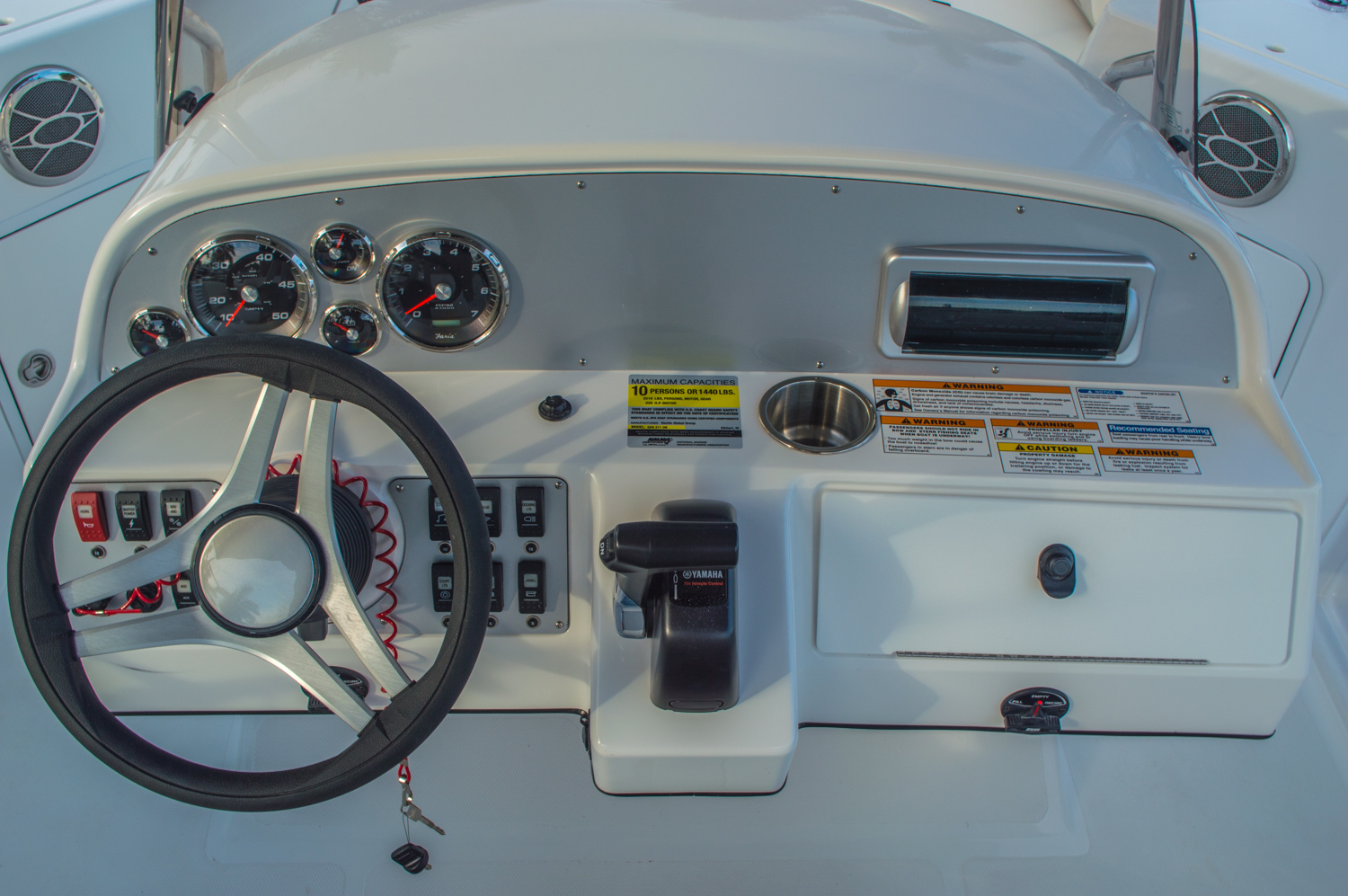 Thumbnail 22 for New 2016 Hurricane CC211 Center Consle boat for sale in West Palm Beach, FL
