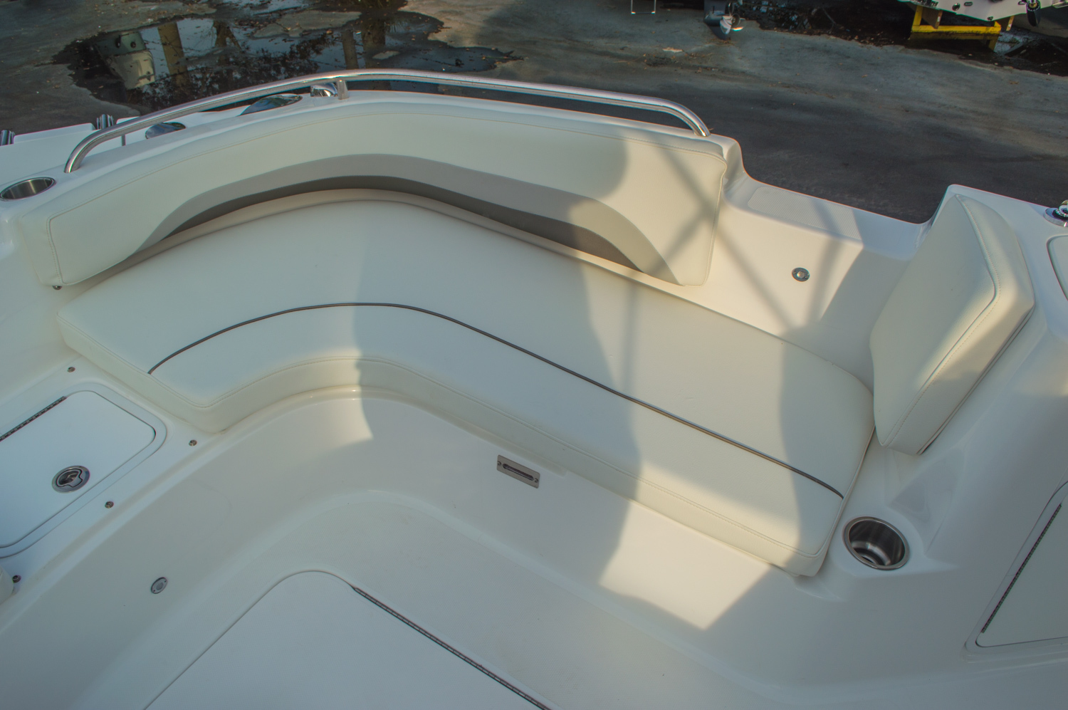 Thumbnail 48 for New 2016 Hurricane CC211 Center Consle boat for sale in West Palm Beach, FL