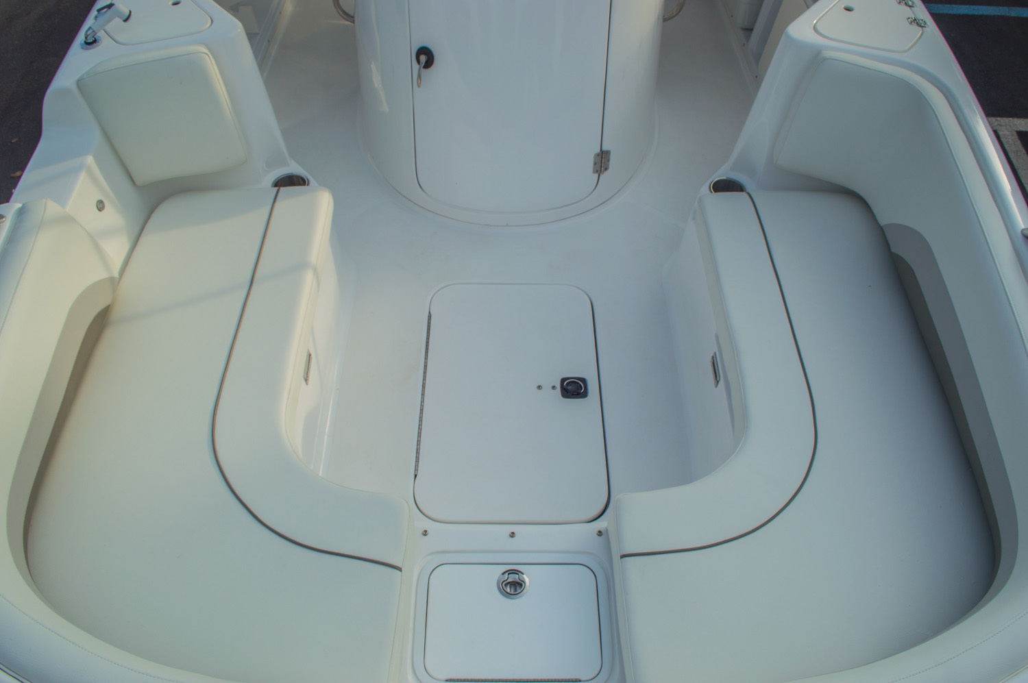 Thumbnail 52 for New 2016 Hurricane CC211 Center Consle boat for sale in West Palm Beach, FL