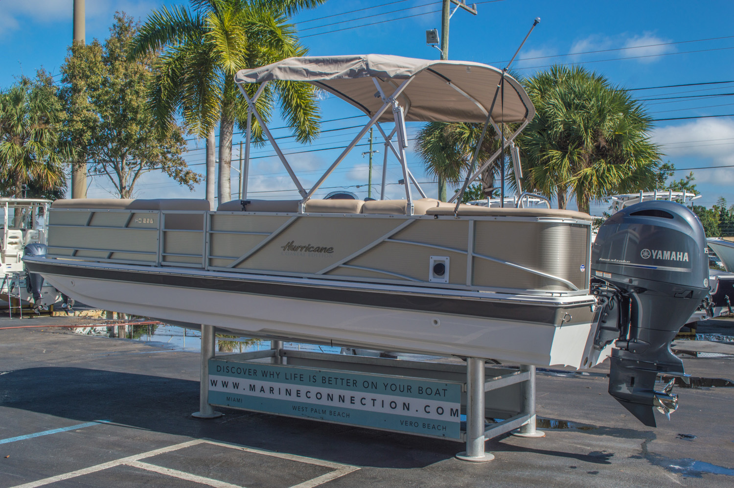 Thumbnail 5 for New 2016 Hurricane FunDeck FD 226 OB boat for sale in Vero Beach, FL