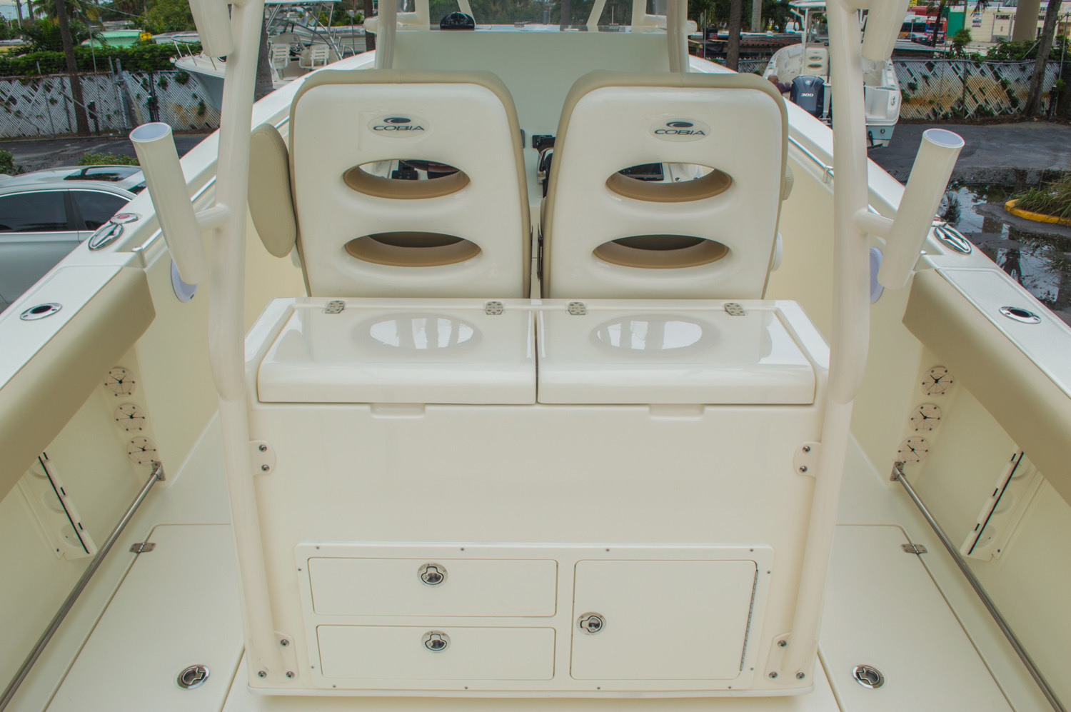 Thumbnail 17 for New 2016 Cobia 296 Center Console boat for sale in West Palm Beach, FL