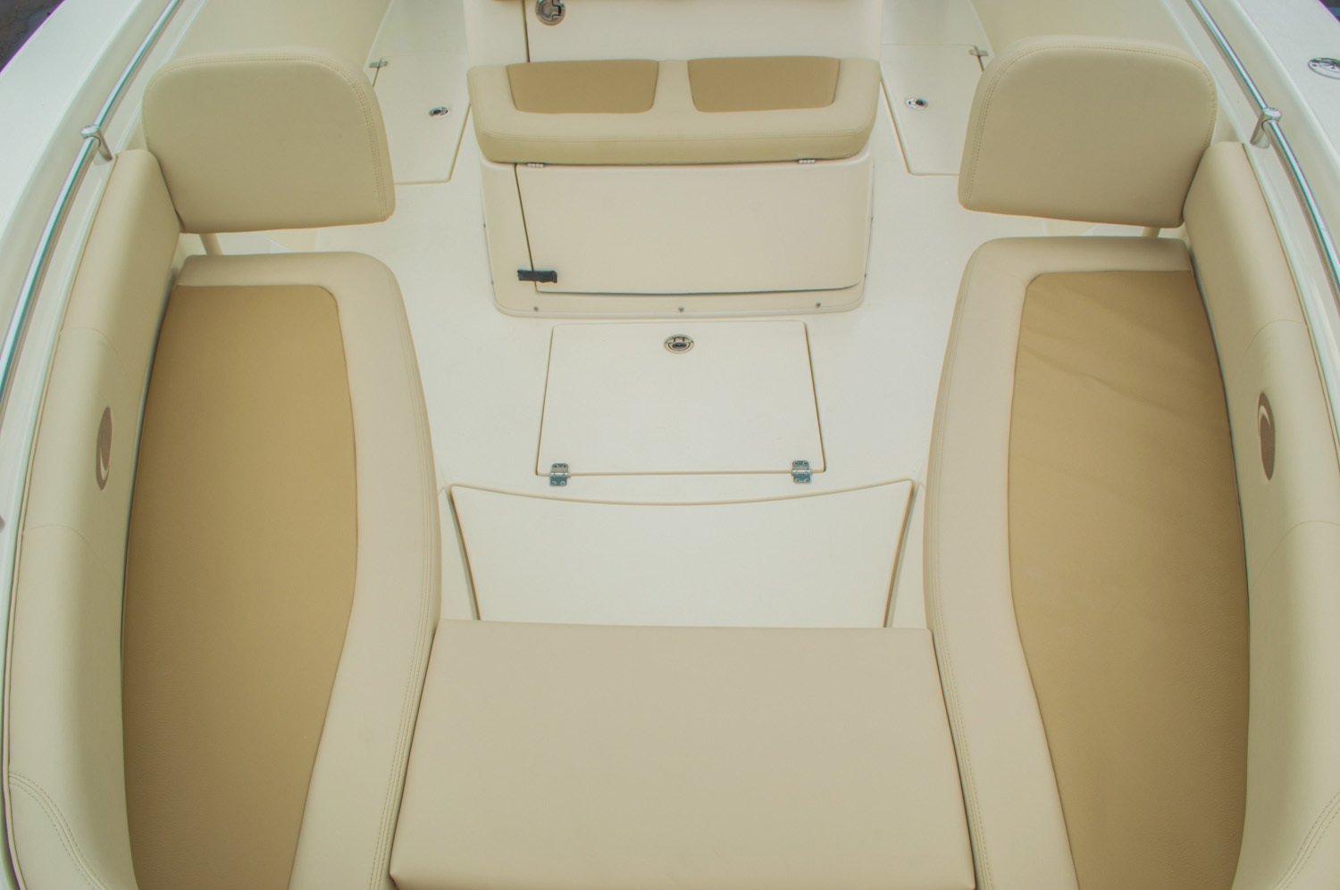 Thumbnail 76 for New 2016 Cobia 296 Center Console boat for sale in West Palm Beach, FL