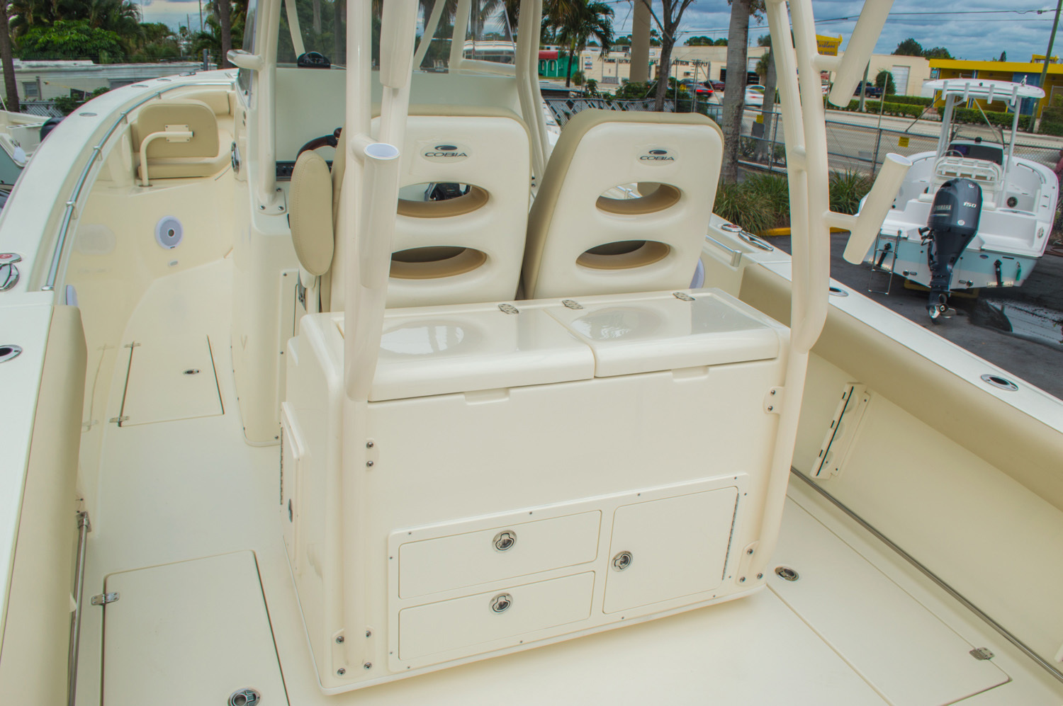 Thumbnail 32 for New 2016 Cobia 296 Center Console boat for sale in Vero Beach, FL