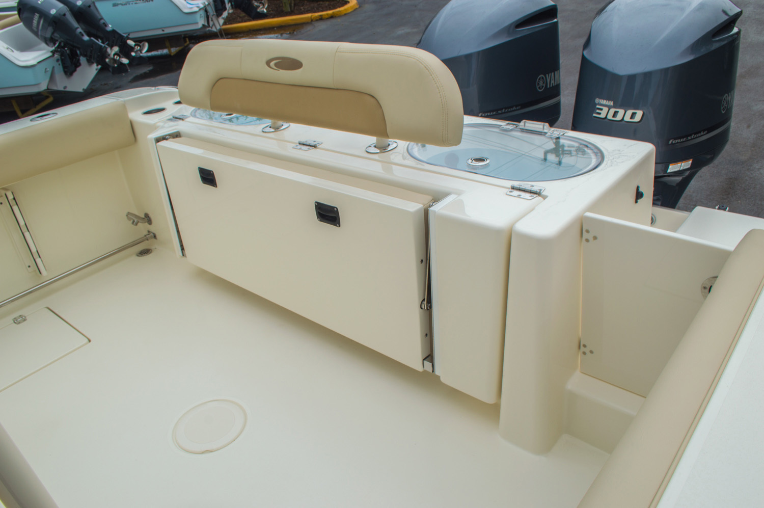 Thumbnail 21 for New 2016 Cobia 296 Center Console boat for sale in Vero Beach, FL