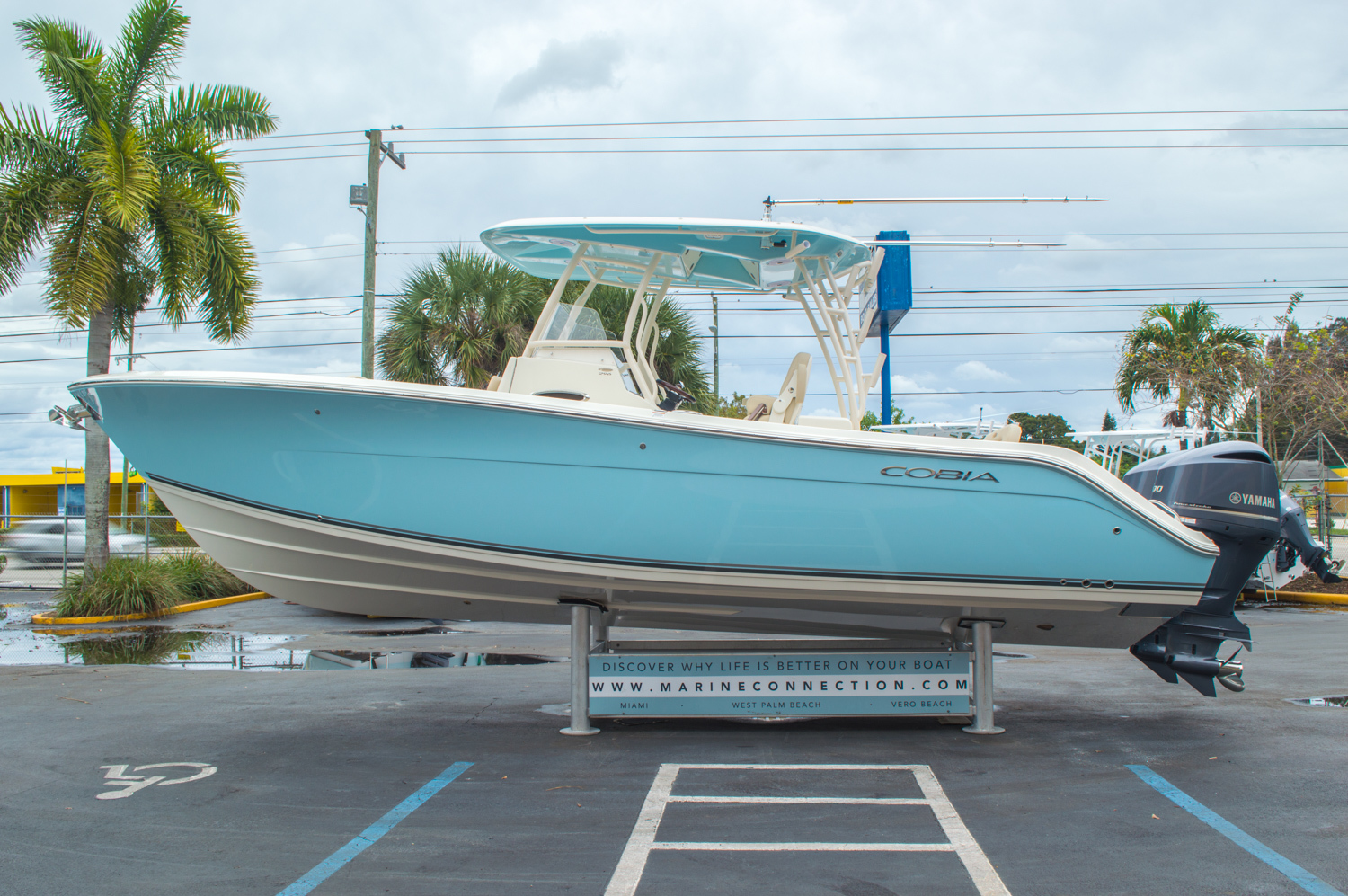Thumbnail 6 for New 2016 Cobia 296 Center Console boat for sale in Vero Beach, FL