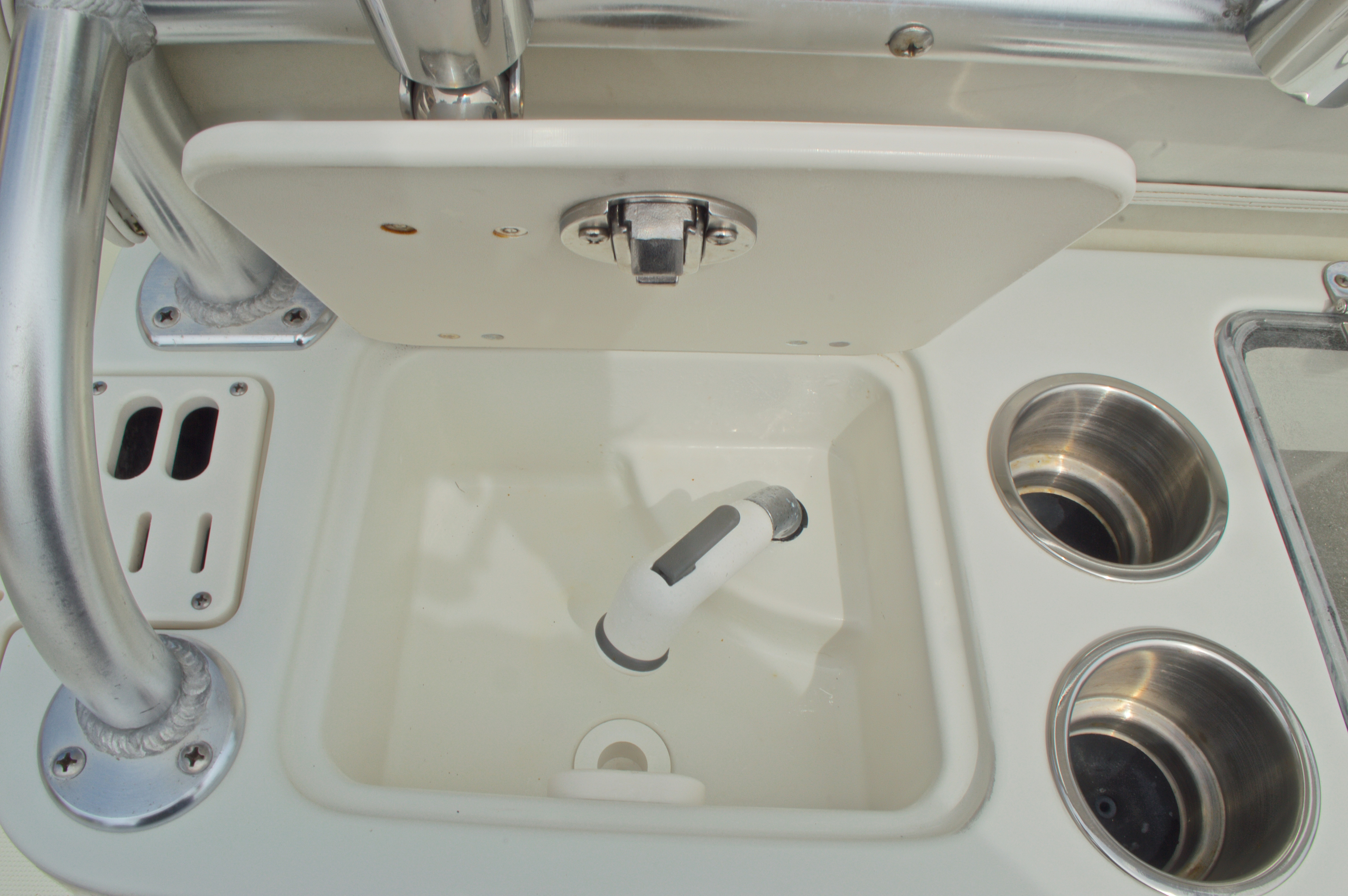 Thumbnail 22 for Used 2008 Sailfish 2660 CC Center Console boat for sale in West Palm Beach, FL