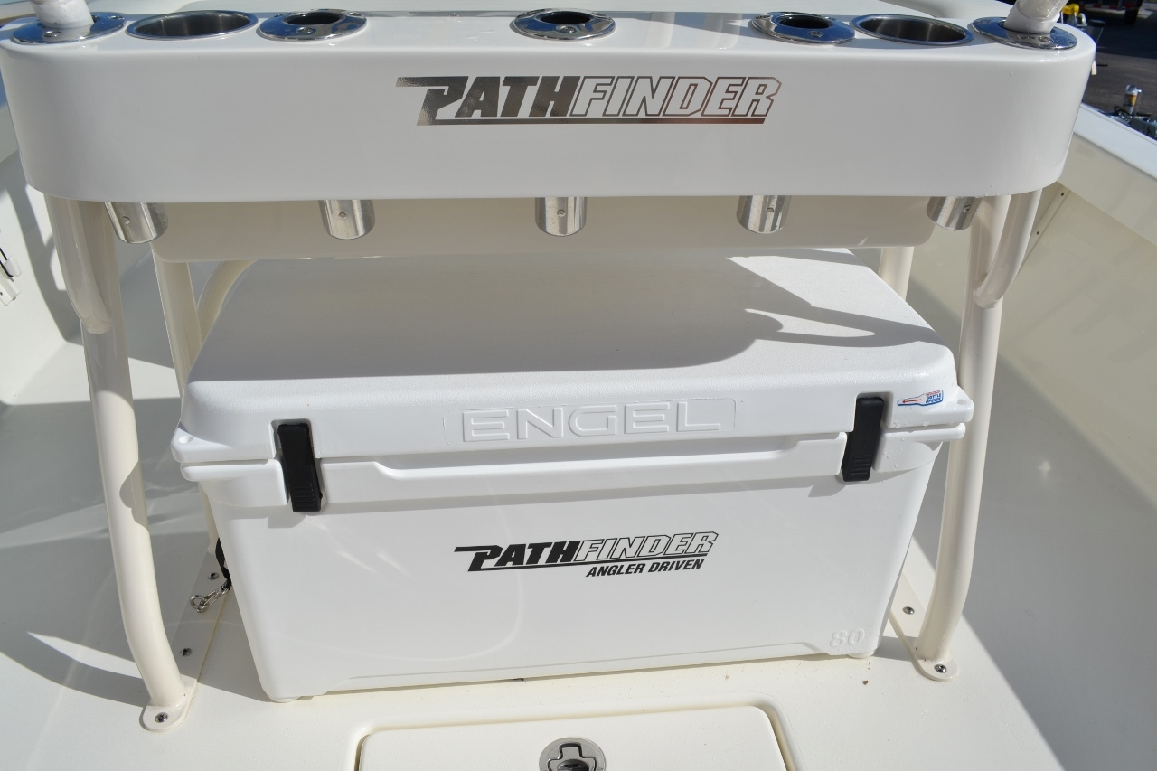 Thumbnail 22 for New 2016 Pathfinder 2400 TRS Bay Boat boat for sale in Vero Beach, FL
