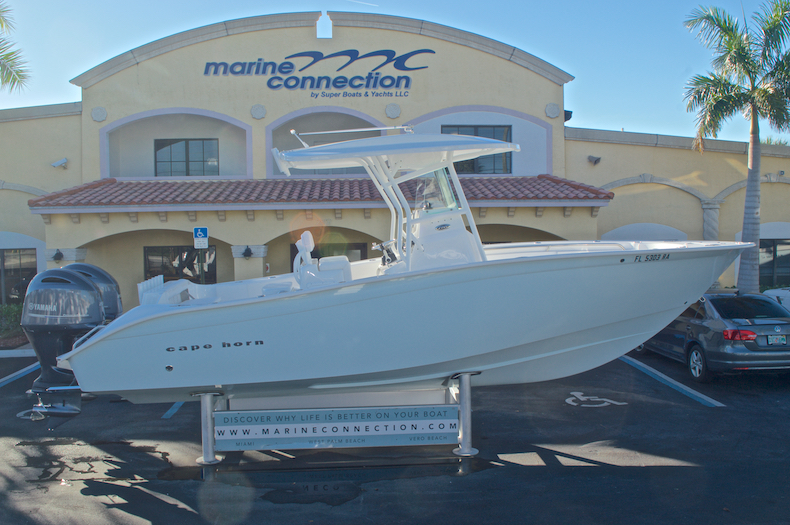 Used 2015 Cape Horn 27XS boat for sale in West Palm Beach, FL