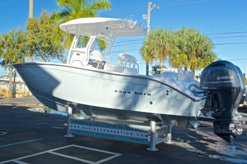 Thumbnail 7 for Used 2015 Cape Horn 27XS boat for sale in West Palm Beach, FL