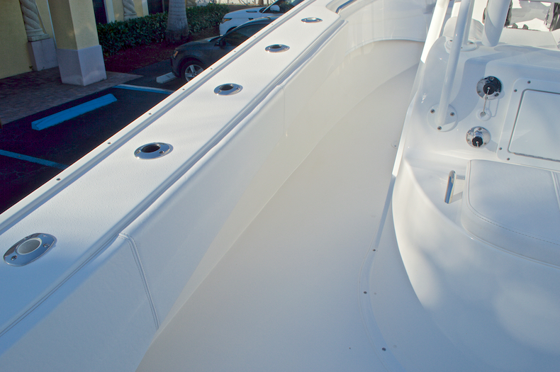 Thumbnail 38 for Used 2015 Cape Horn 27XS boat for sale in West Palm Beach, FL