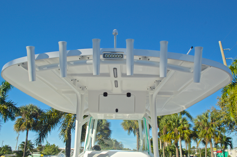 Thumbnail 43 for Used 2015 Cape Horn 27XS boat for sale in West Palm Beach, FL