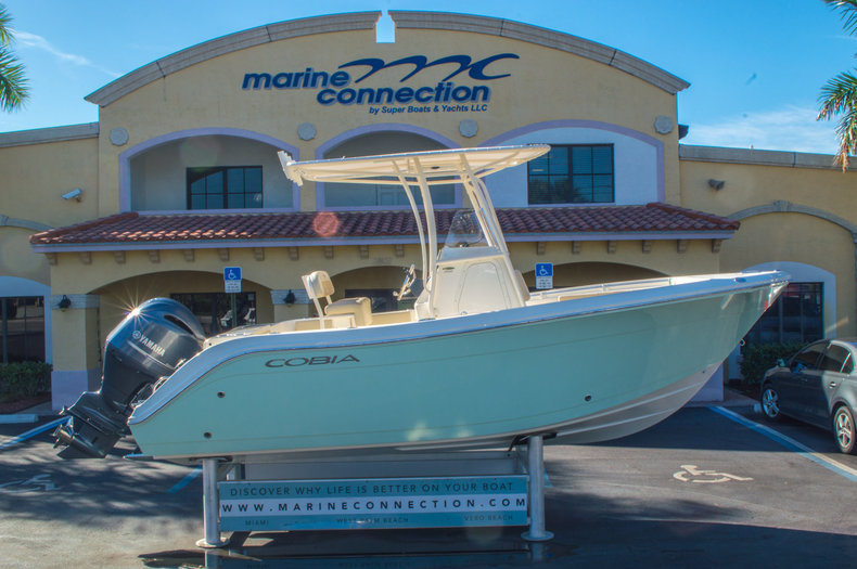 New 2016 Cobia 201 Center Console boat for sale in Miami, FL