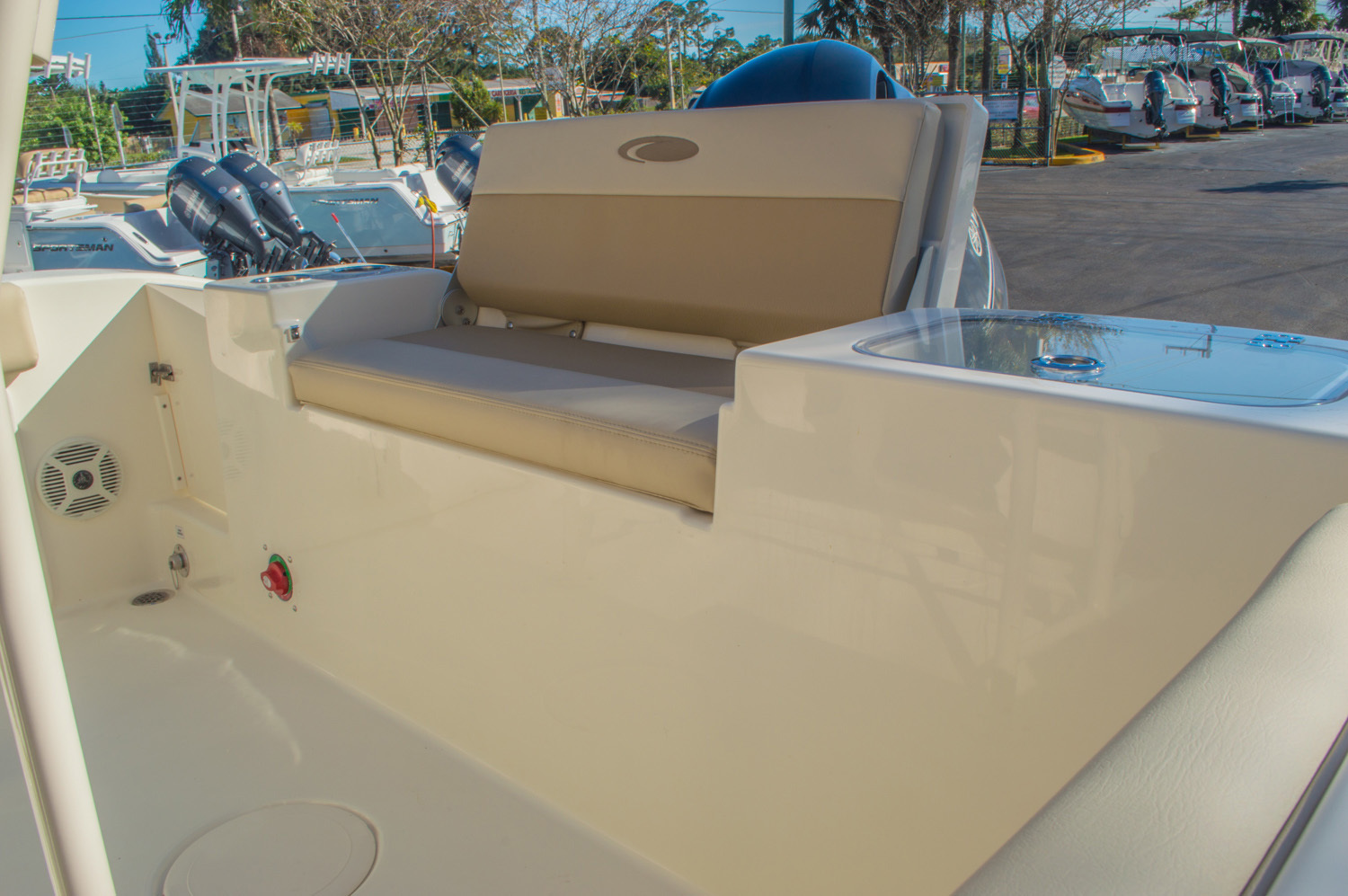 Thumbnail 13 for New 2016 Cobia 201 Center Console boat for sale in Miami, FL