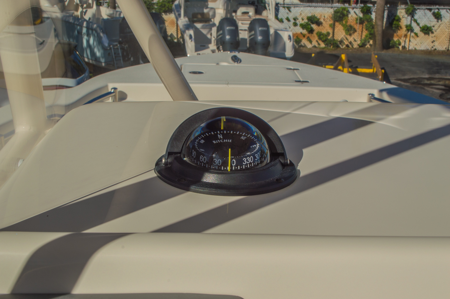 Thumbnail 21 for New 2016 Cobia 201 Center Console boat for sale in Miami, FL