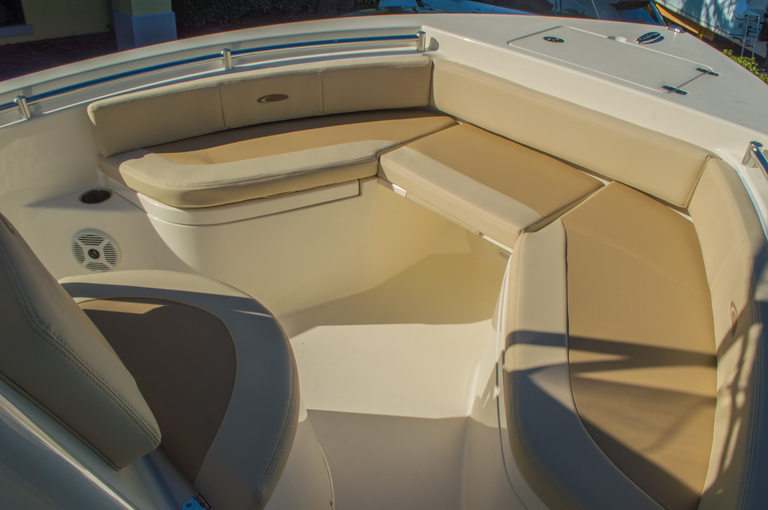 Thumbnail 36 for New 2016 Cobia 201 Center Console boat for sale in Miami, FL