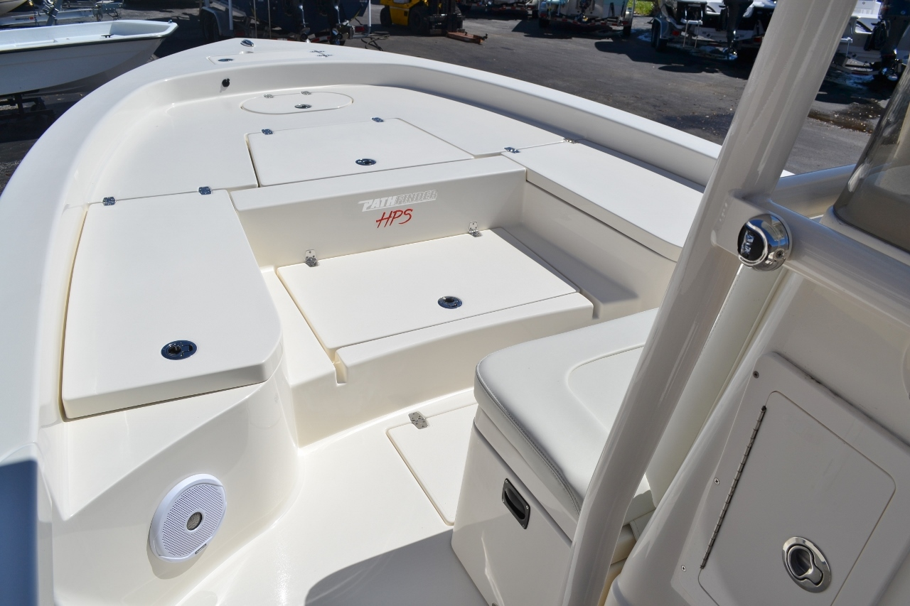 Thumbnail 12 for New 2016 Pathfinder 2600 HPS Bay Boat boat for sale in Vero Beach, FL