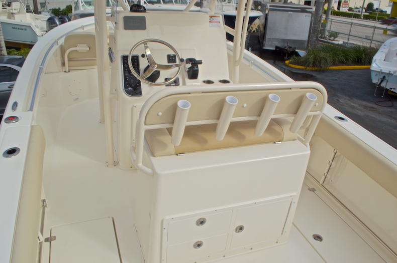 Thumbnail 14 for New 2016 Cobia 237 Center Console boat for sale in Miami, FL