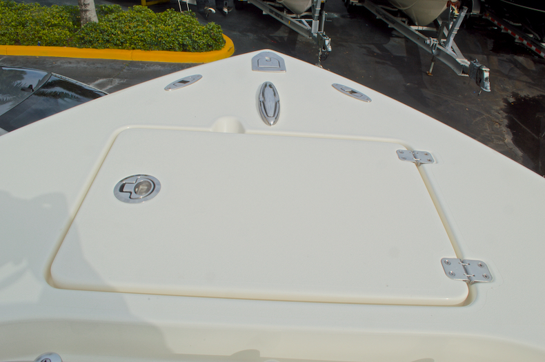 Thumbnail 58 for New 2016 Cobia 237 Center Console boat for sale in Miami, FL