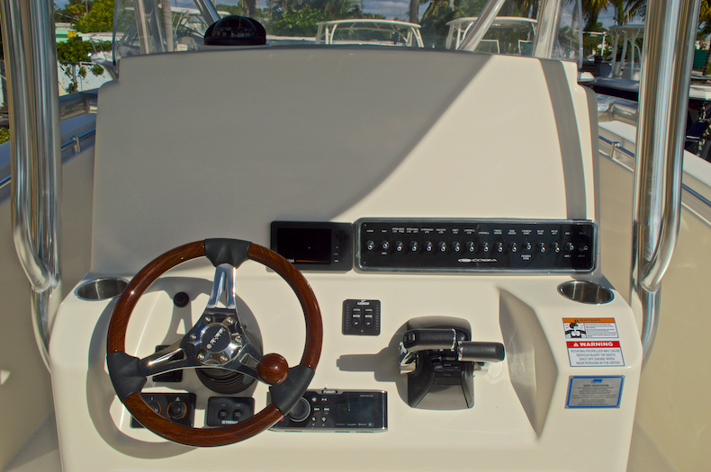 Thumbnail 29 for New 2016 Cobia 277 Center Console boat for sale in West Palm Beach, FL