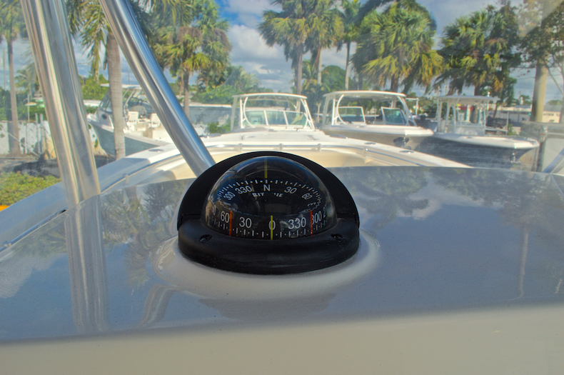 Thumbnail 30 for New 2016 Cobia 277 Center Console boat for sale in West Palm Beach, FL