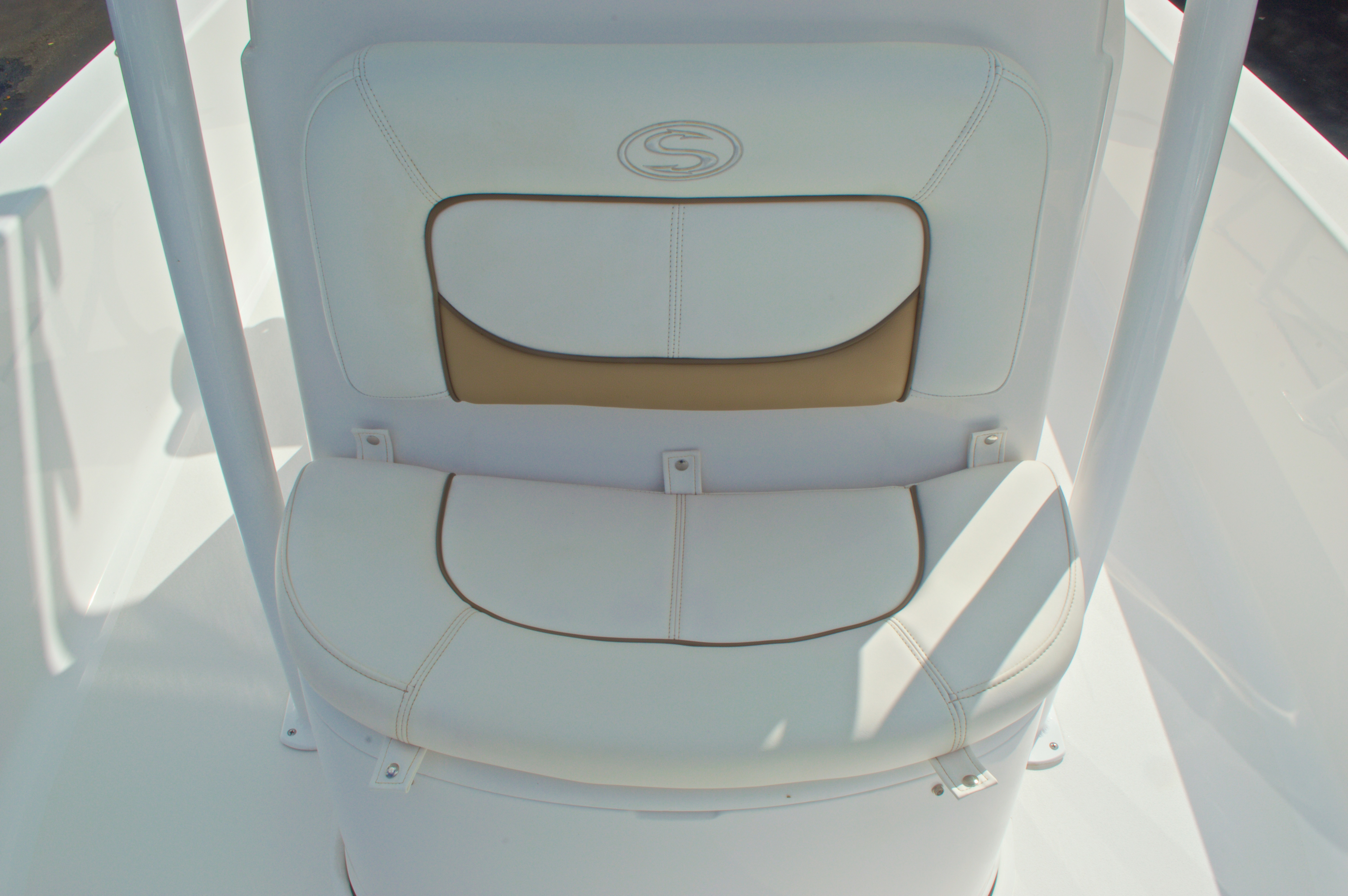 Thumbnail 47 for New 2014 Sportsman Masters 247 Bay Boat boat for sale in West Palm Beach, FL