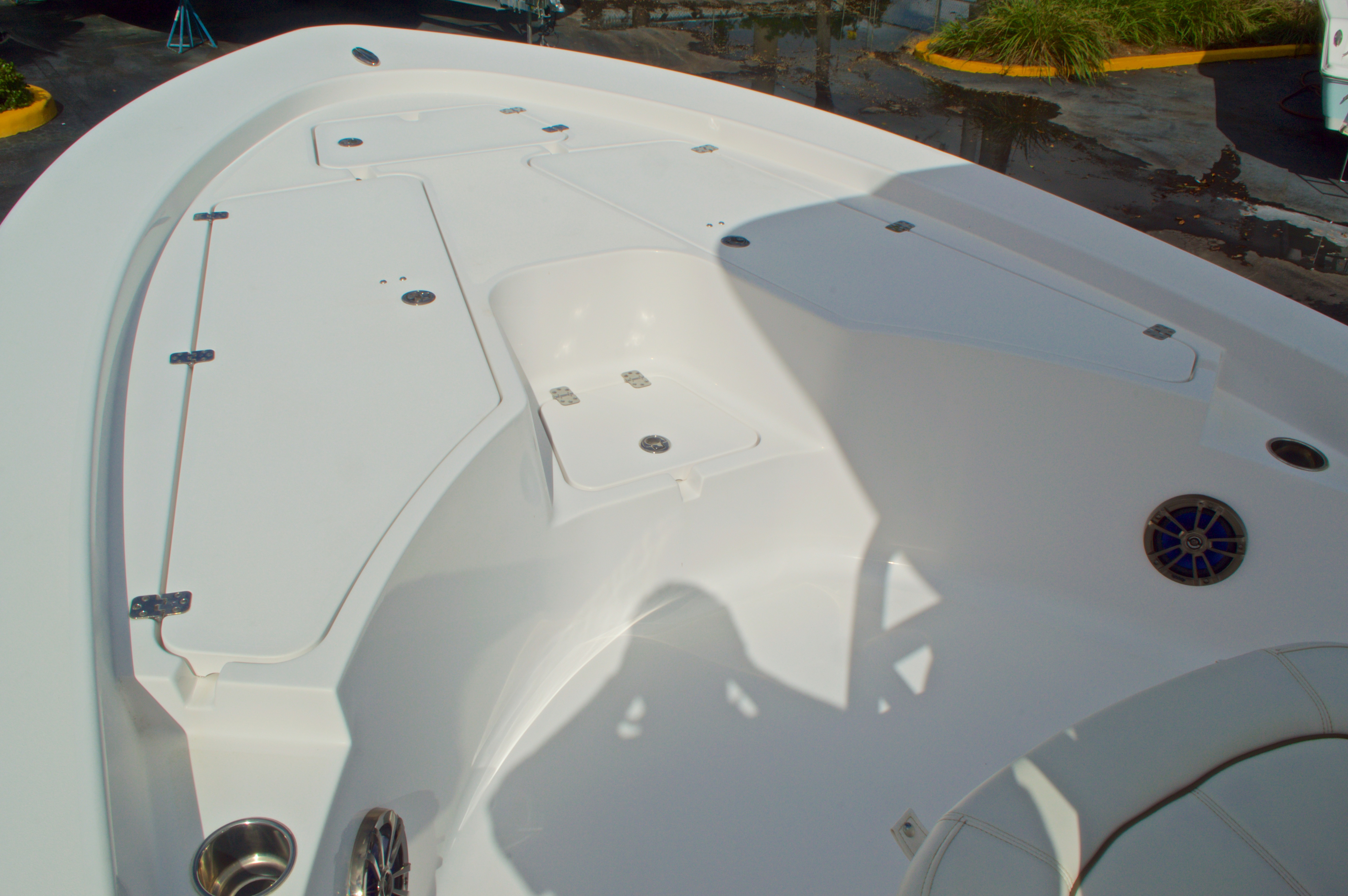 Thumbnail 39 for New 2014 Sportsman Masters 247 Bay Boat boat for sale in West Palm Beach, FL