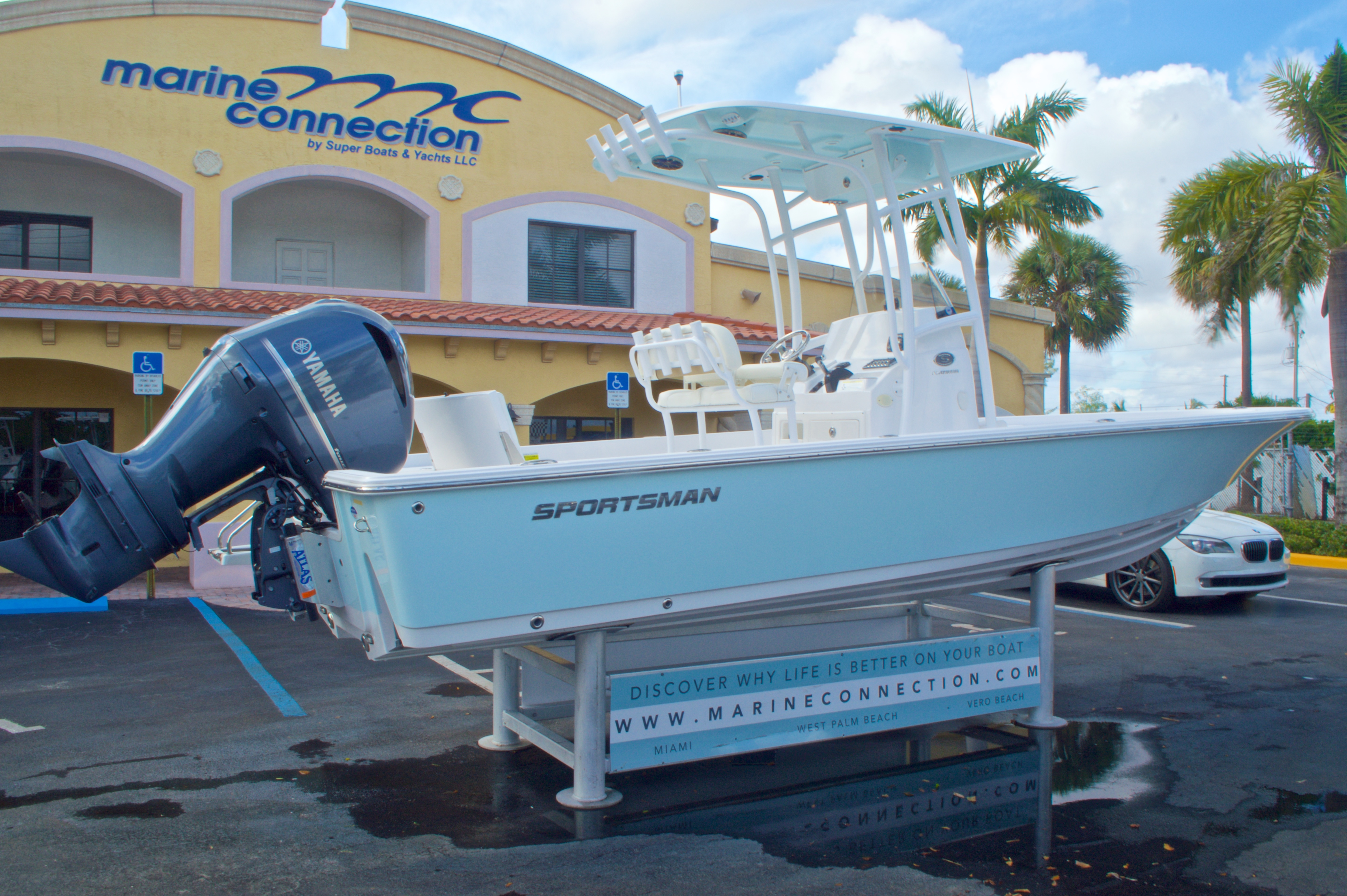Thumbnail 6 for New 2014 Sportsman Masters 247 Bay Boat boat for sale in West Palm Beach, FL