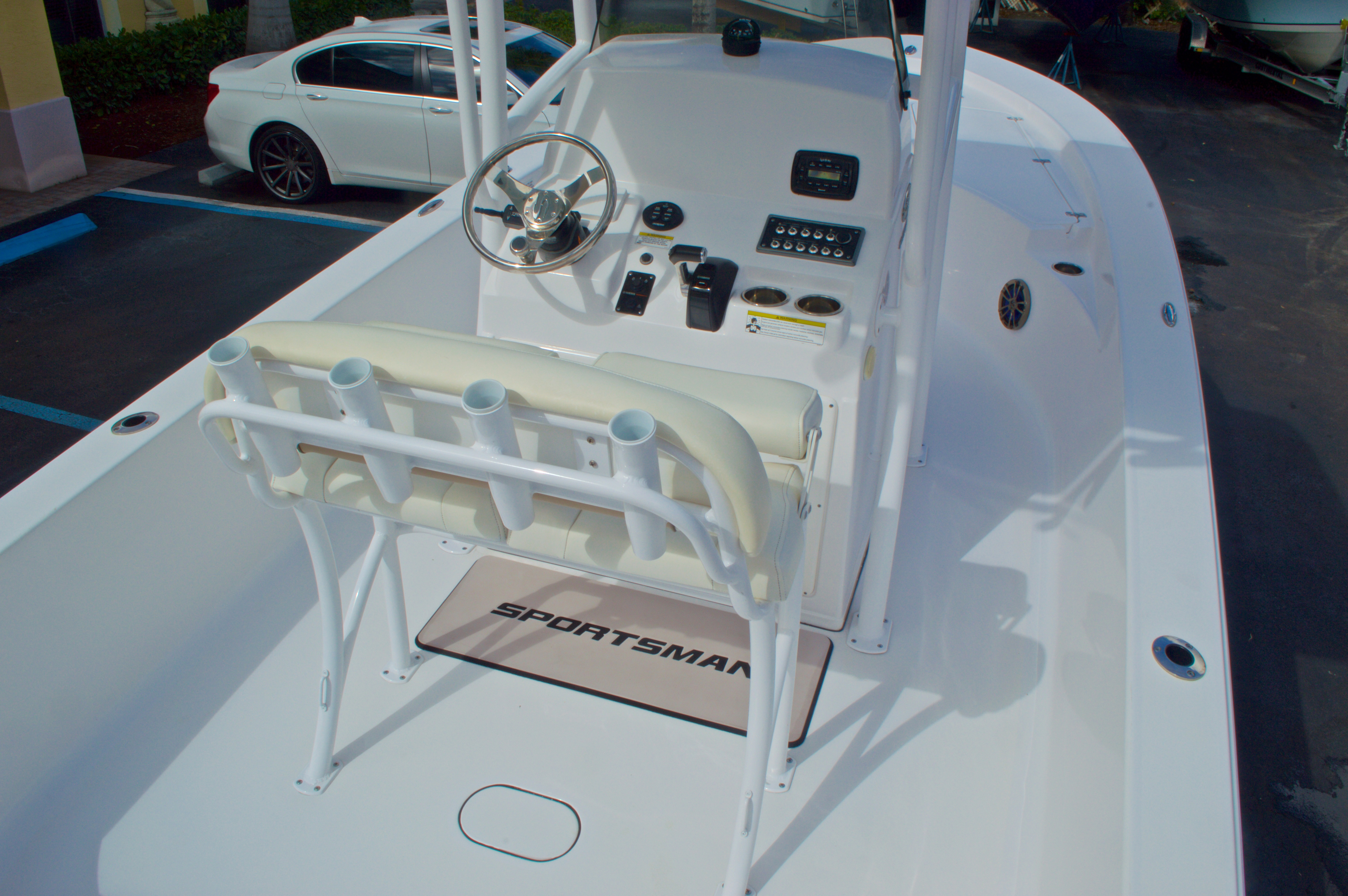 Thumbnail 10 for New 2014 Sportsman Masters 247 Bay Boat boat for sale in West Palm Beach, FL
