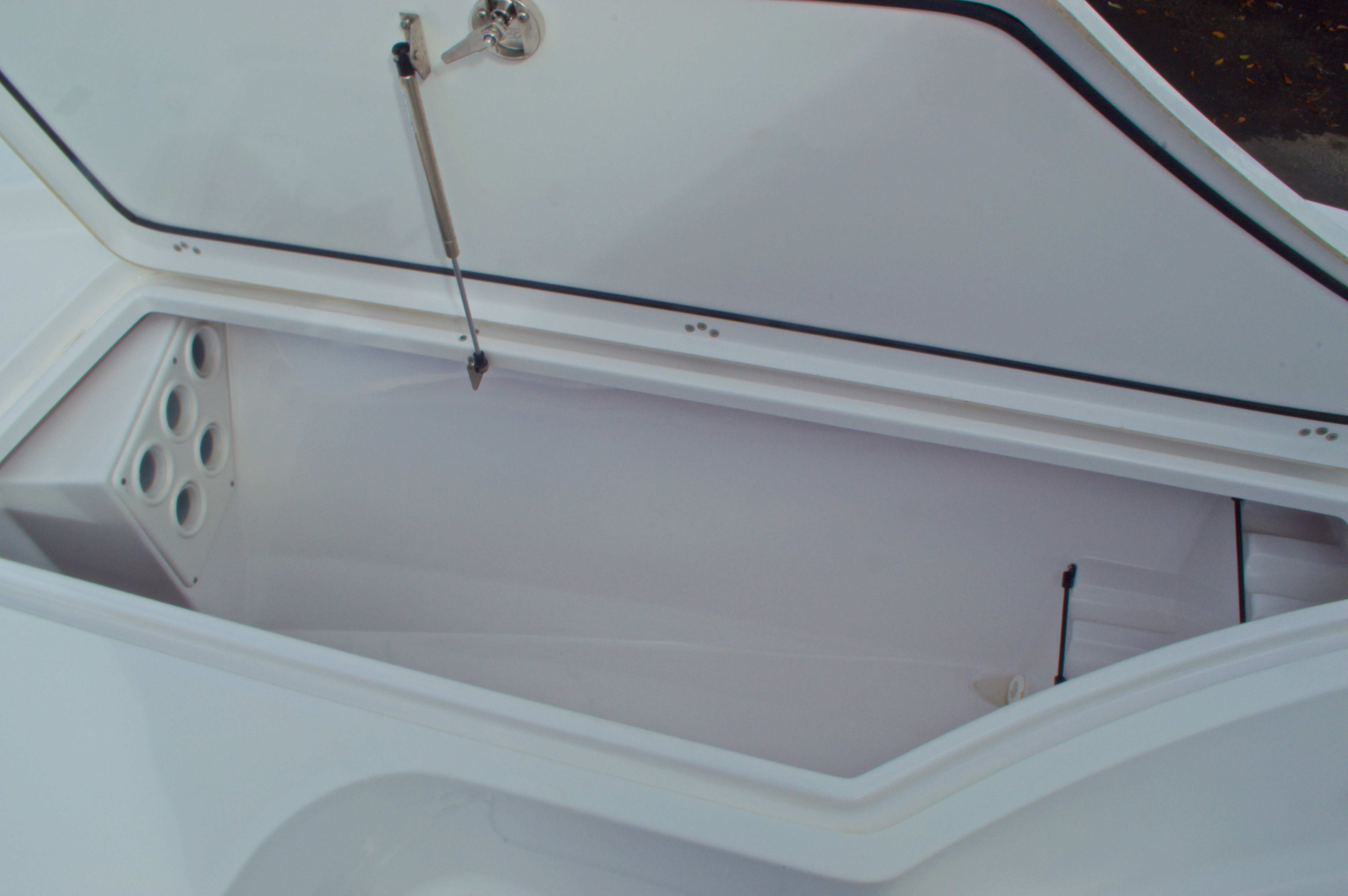 Thumbnail 44 for New 2014 Sportsman Masters 247 Bay Boat boat for sale in West Palm Beach, FL