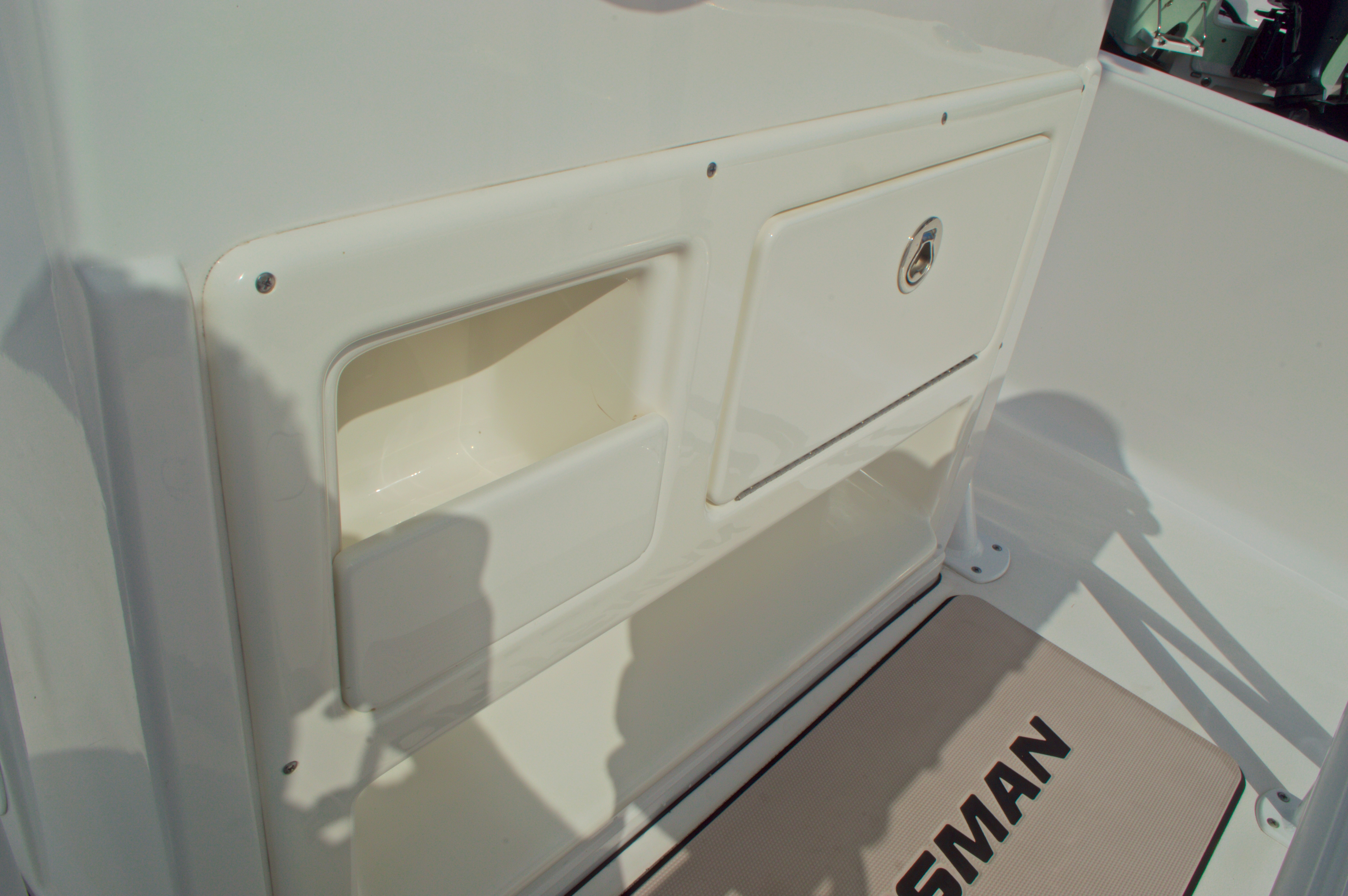 Thumbnail 35 for New 2014 Sportsman Masters 247 Bay Boat boat for sale in West Palm Beach, FL