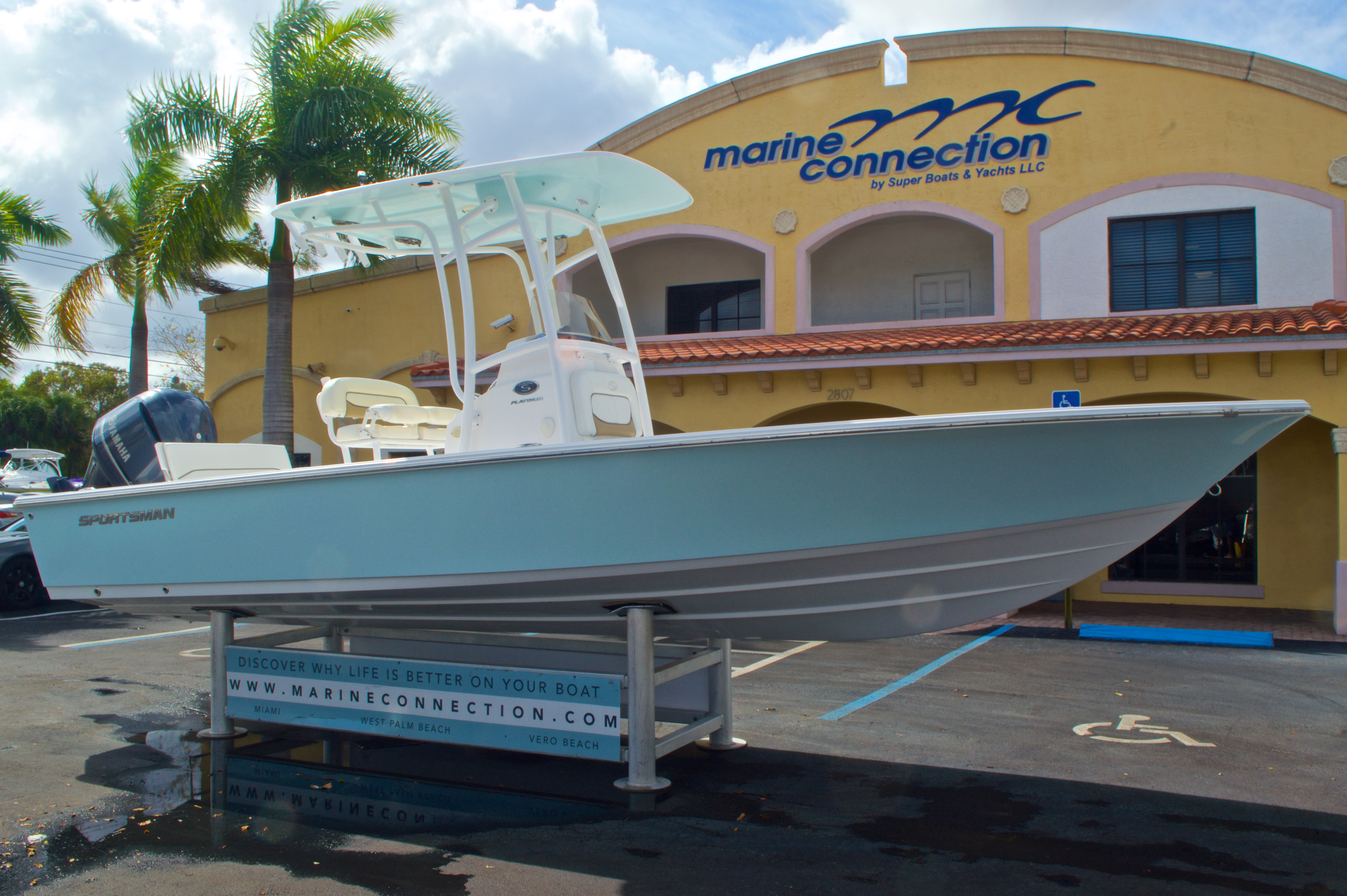 Thumbnail 1 for New 2014 Sportsman Masters 247 Bay Boat boat for sale in West Palm Beach, FL