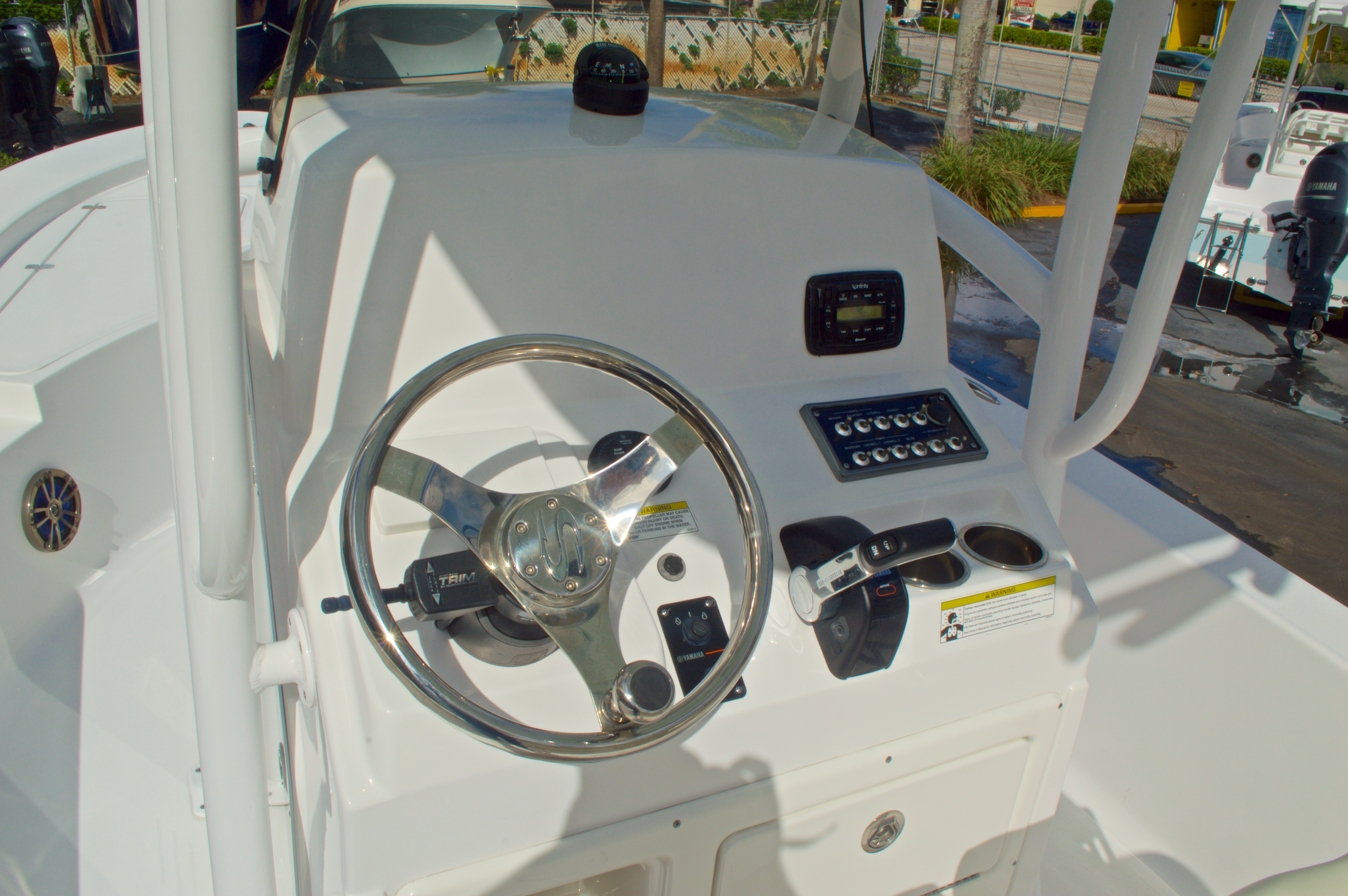 Thumbnail 26 for New 2014 Sportsman Masters 247 Bay Boat boat for sale in West Palm Beach, FL
