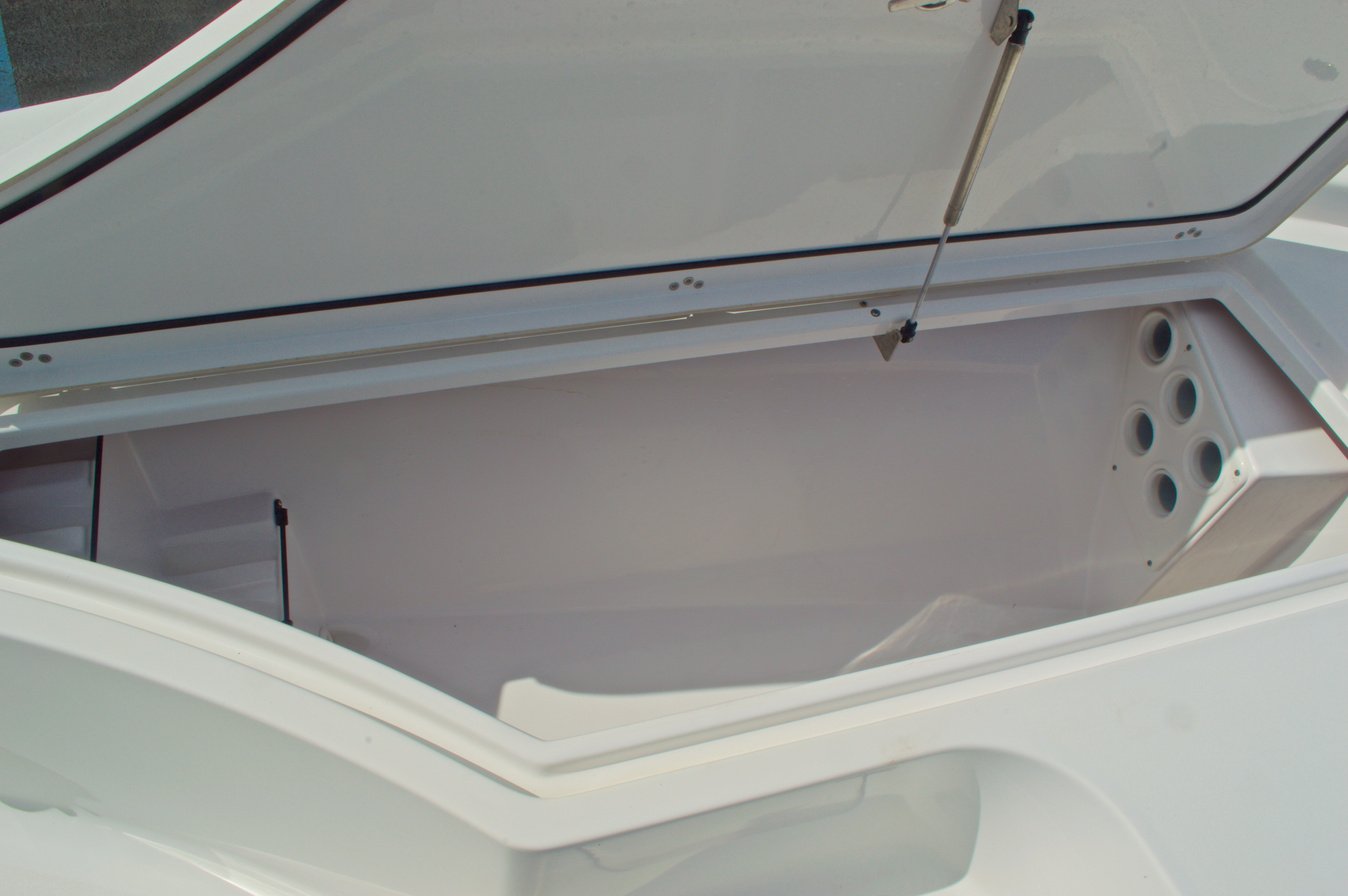 Thumbnail 42 for New 2014 Sportsman Masters 247 Bay Boat boat for sale in West Palm Beach, FL